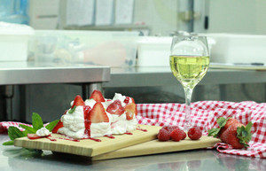 Invisible Kitchen Special Recipe #2 – Eton Mess