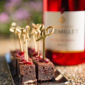 Champagne and Brownie